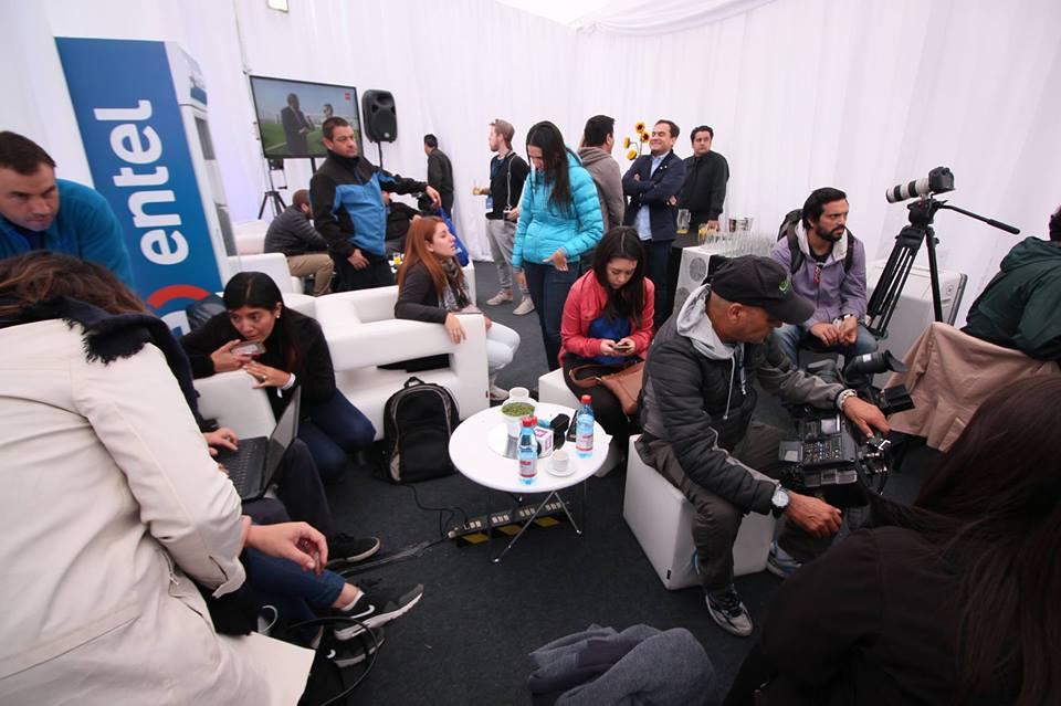 Entel / Carpa Prensa Maratón Santiago 2016